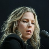 Diana Krall and David Foster Stream Upcoming LP 'Wallflower,' Available Feb. 3