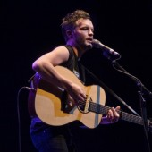 The Tallest Man on Earth Streams Latest LP 'Dark Bird is Home,' Hits Beacon Theatre June 3
