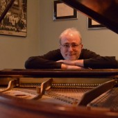 Pianist Bill O'Connell