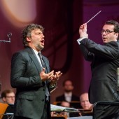Despite Rumors, Managers Say Jonas Kaufmann Will Perform 2017 Schedule as Planned