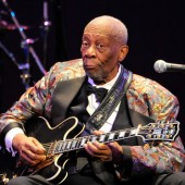 His Only Sunshine: B.B. King is Falling from the Throne, Catch Him Before He's Gone