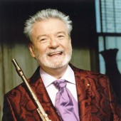 "James Galway to Premiere ""Definitive Irish Flute Concerto"" by Riverdance's Bill Whelan on CSO Ravinia Program"