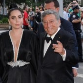 Lady Gaga and Tony Bennett Talk Jazz Compilation 'Cheek to Cheek' and 'The Lady is a Tramp' Cover Video